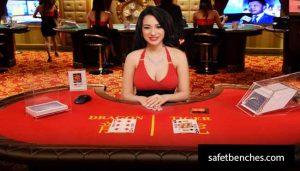 Play Dragon Tiger at Live Casino